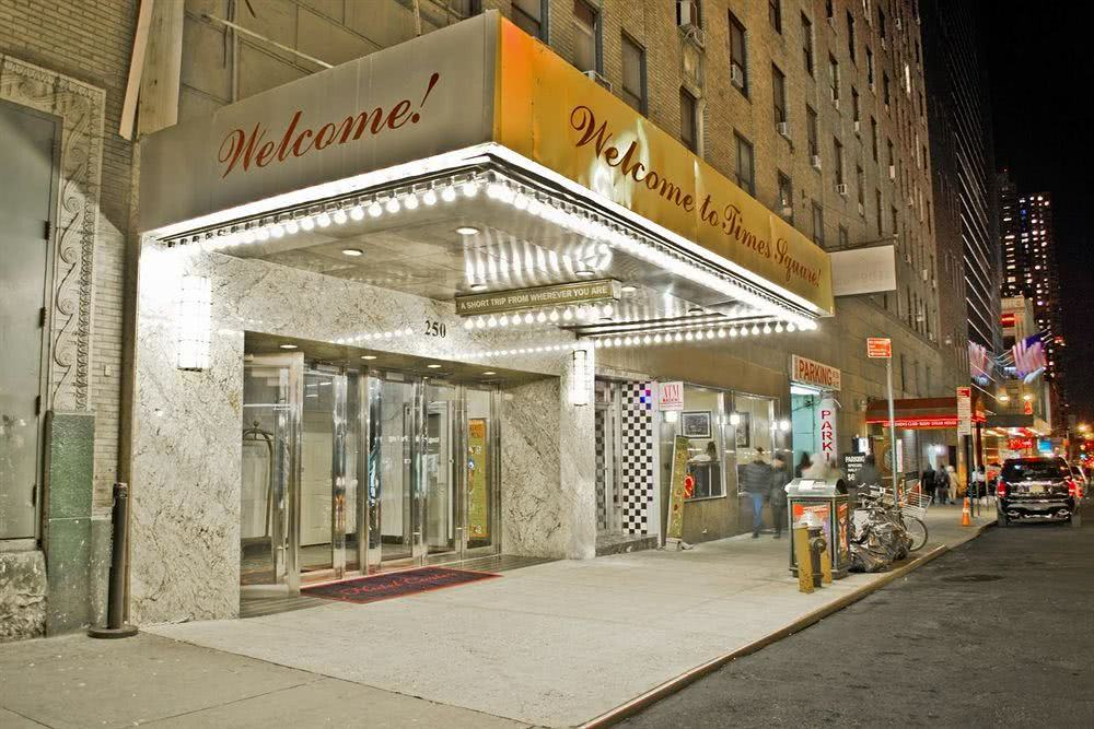 Hot is em new york times square pas cher novotel for Hotel pas cher ny
